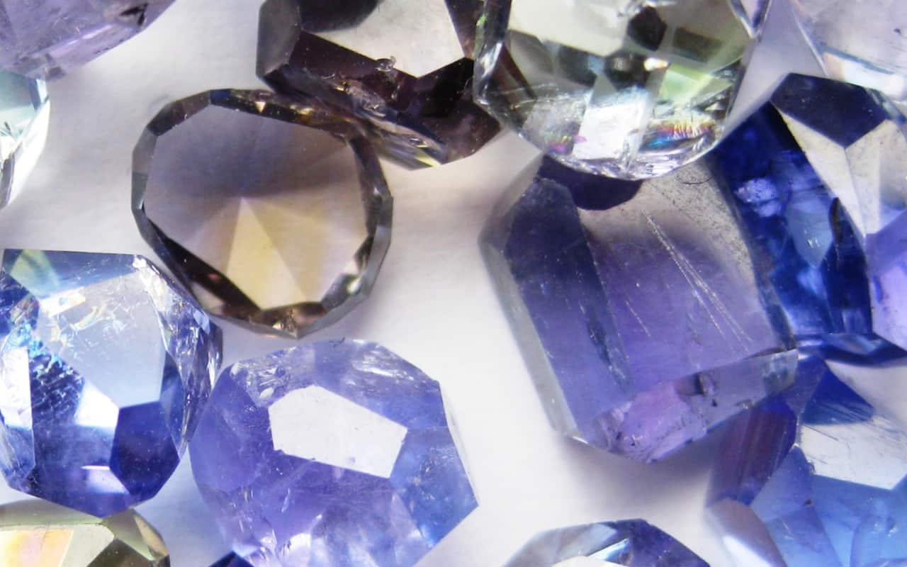 Different coloured Tanzanite stones