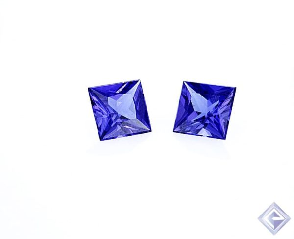 vBE PRINCESS CUT TANZANITE STONE 1