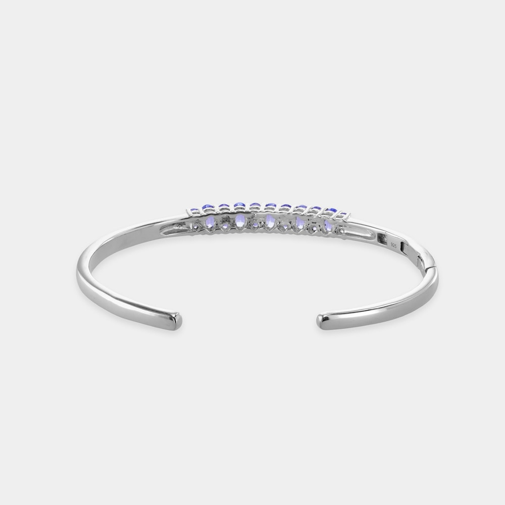 5.55 Carats Round/Oval Shaped Bangle with Silver Metal