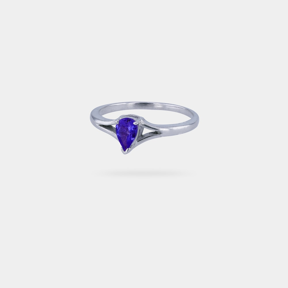 0.42 Carats Pear Shaped bVV IF Ring with Silver Metal