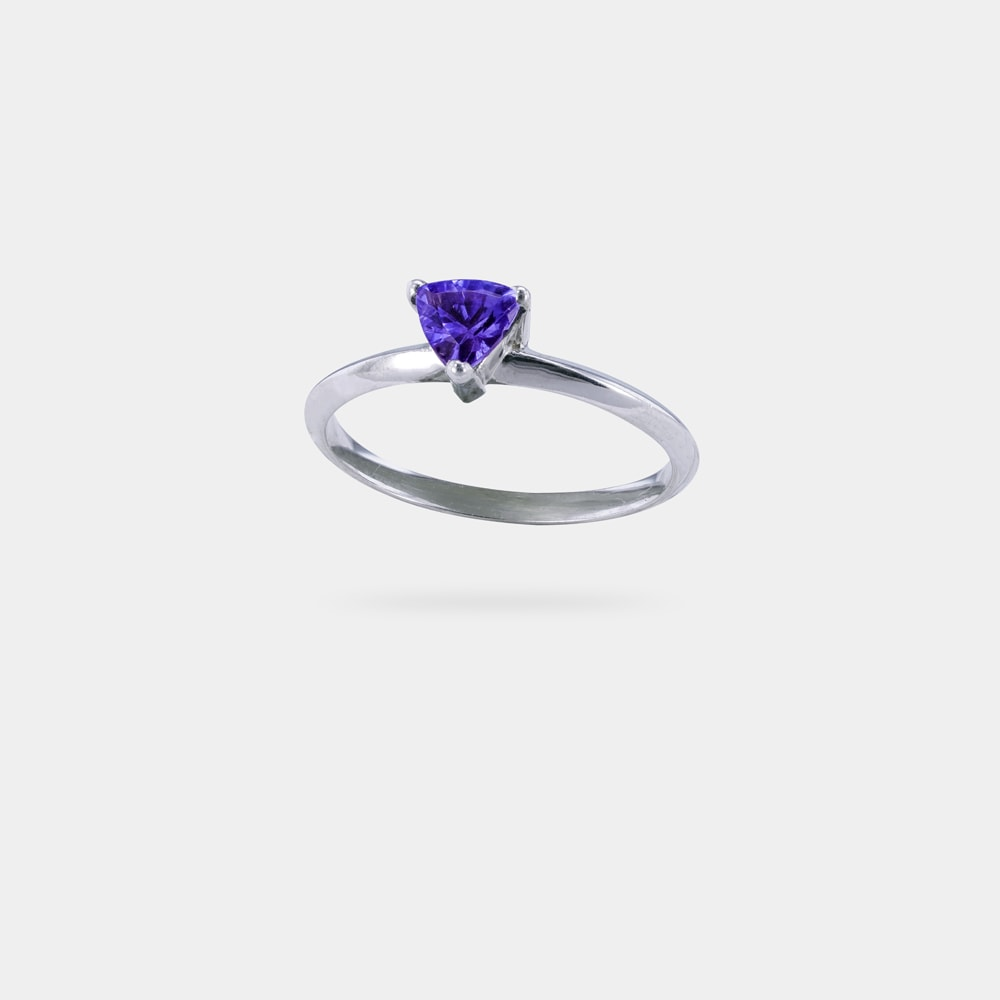 0.45 Carats Trilliant Shaped bVM EC Ring with Silver Metal