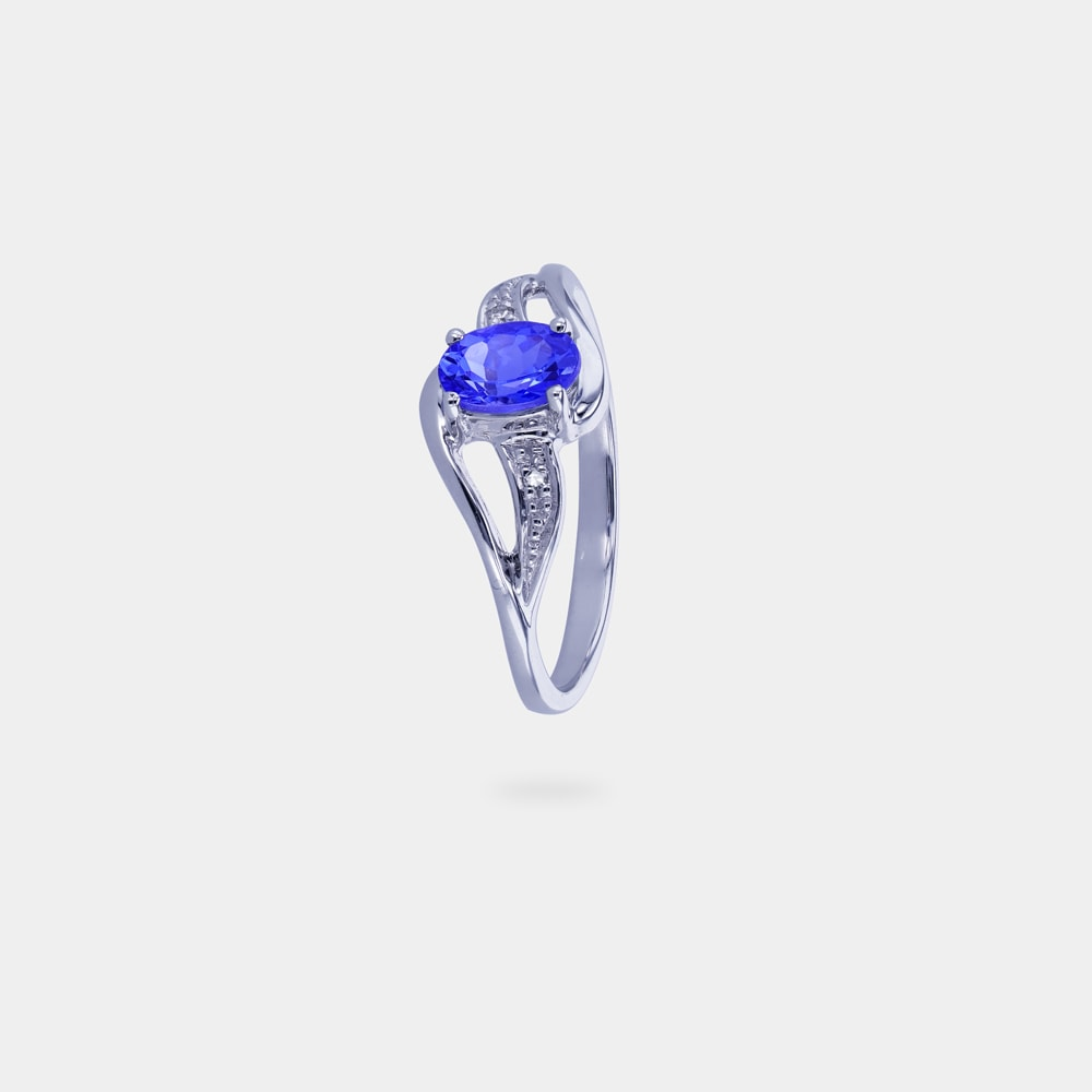 0.50 Carats Round Shaped Ring with White Gold Metal