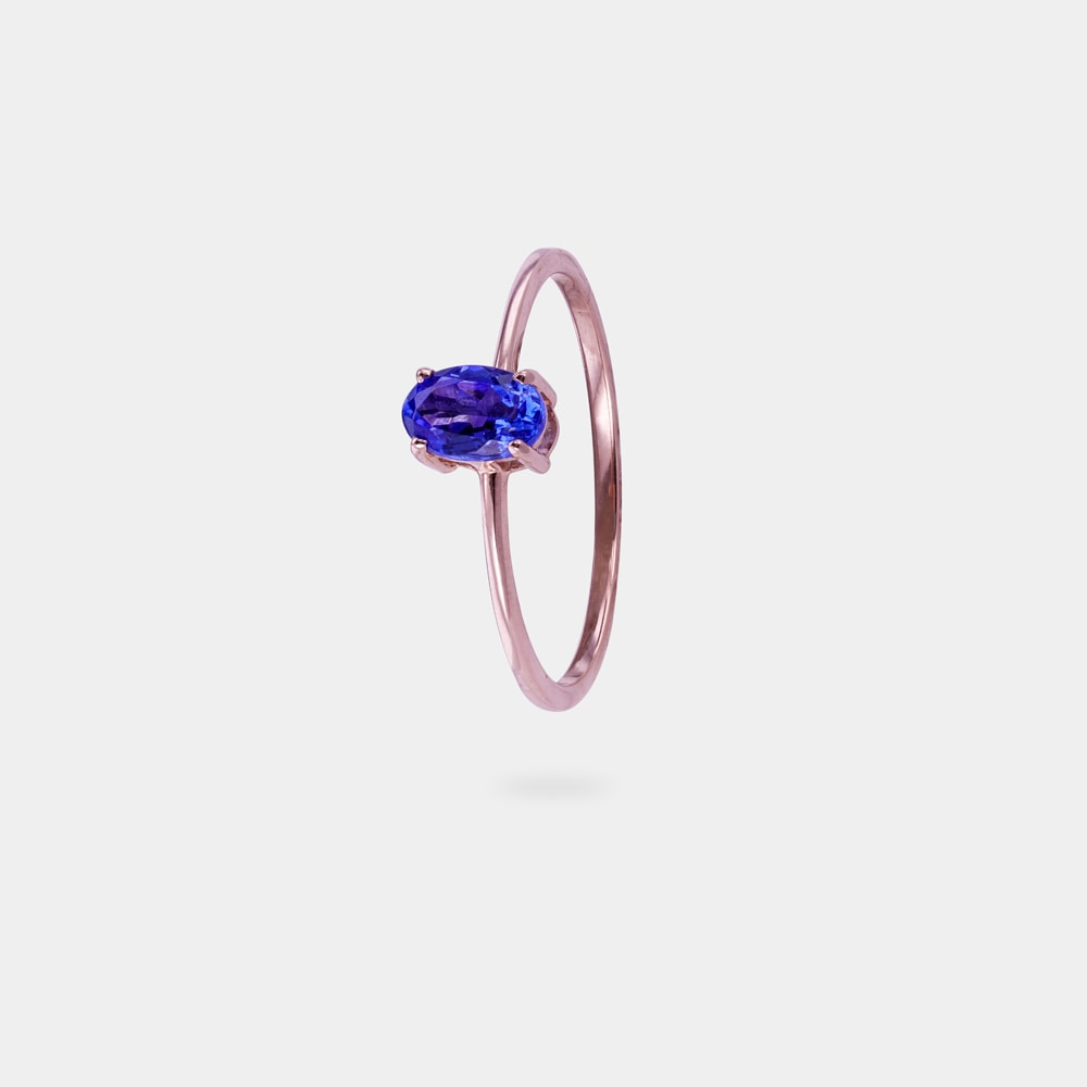 0.50 Carats Oval Shaped Ring with Red Gold Metal