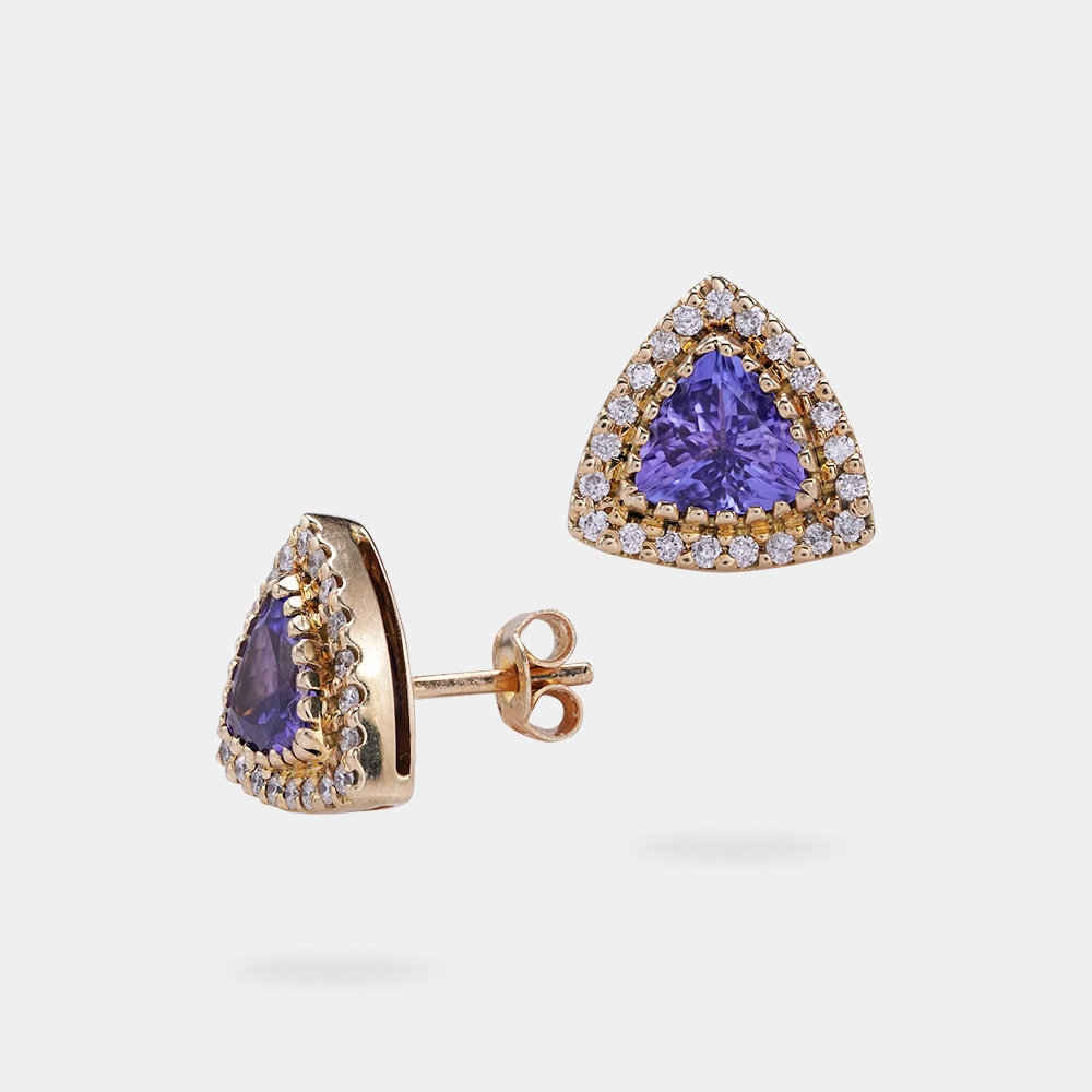 1.89 Carats Trilliant Shaped Earring With Yellow Gold Metal