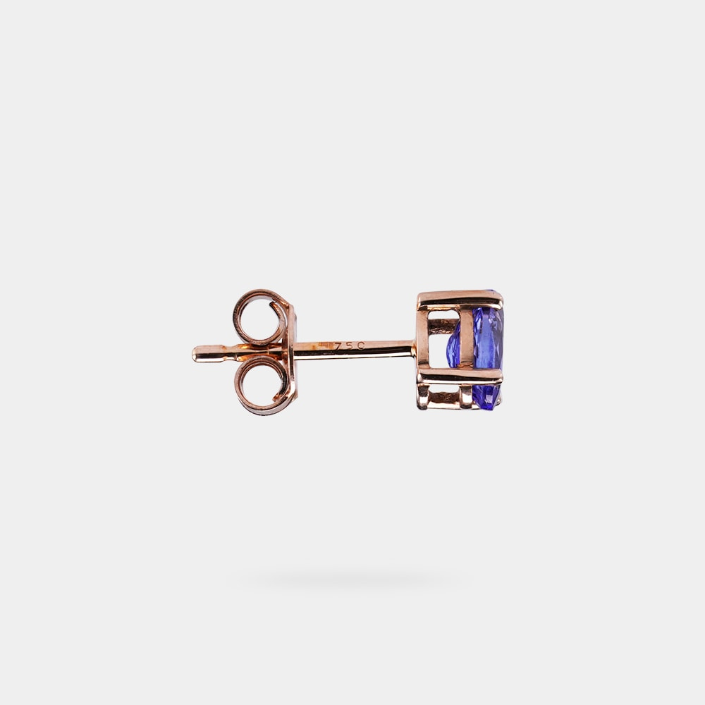 1.00 Carats Oval bVV Earring with Rose Gold Metal